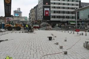 Plasterarbeiten auf der zentralen Platzfläche (1)