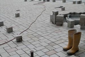 Plasterarbeiten auf der zentralen Platzfläche (2)