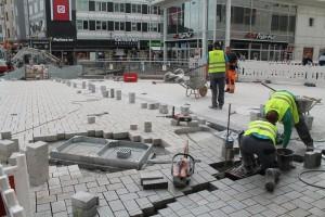 Plasterarbeiten auf der zentralen Platzfläche (3)