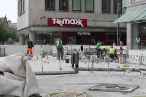 Plasterarbeiten auf der zentralen Platzfläche (5)