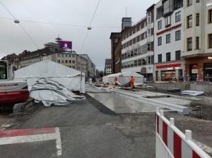 Zelte vor dem Cafe Europa (1)