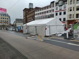 Zelte vor dem Cafe Europa (4)
